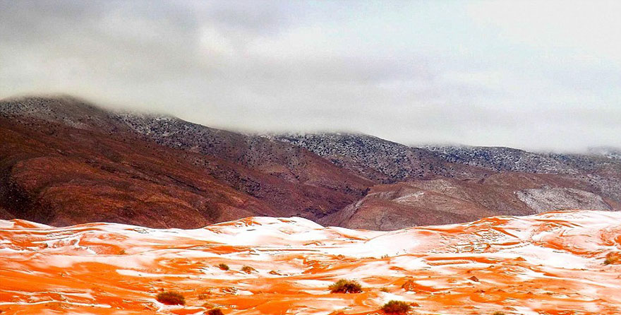 Nem mindennapi látvány! Hó a Szaharában!