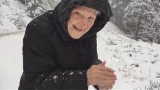 Ennyi lenne a hosszú élet titka? Egyszerű igazságra tanít ez a 101 éves néni