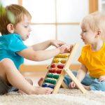 Gyerekbarát lakberendezés – balesetmegelőzés otthon