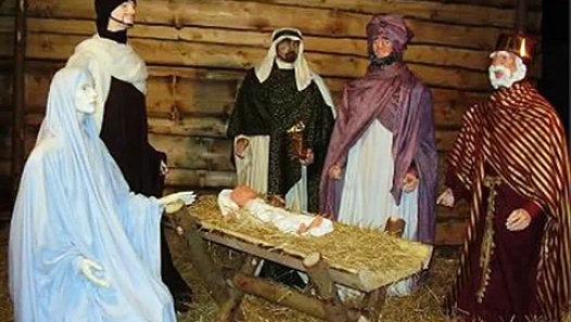 """József Attila Betlehemi királyok című verse három """"király"""" előadásában"""