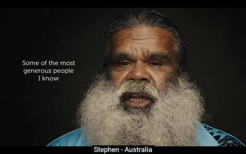 Mit üzen egy ausztrál őslakos a ma emberének?