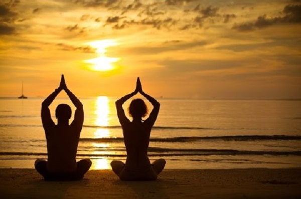 """""""A jóga olyan, mint a zene. A test ritmusa, az elme dallama, és a lélek harmóniája alkotják az élet szimfóniáját."""""""