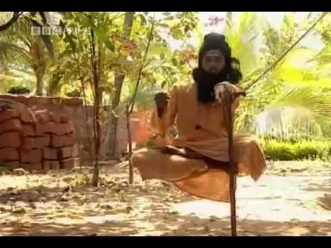 Így verik át az áljógik az embereket Indiában – leleplező videó