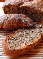 Kendermagos kenyér