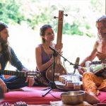 A Pillangó Dala – gyógyító hangok a sarod mesterétől