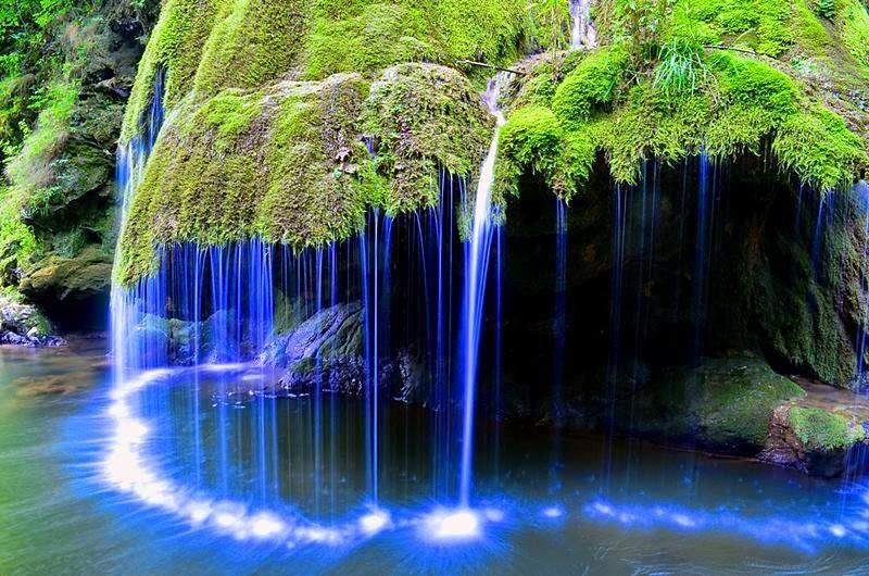 Ez a világ legszebbnek vélt vízesése, és itt van a szomszédban!